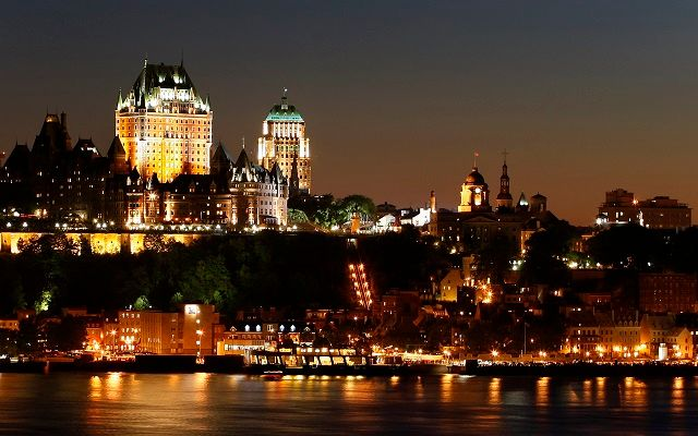 The Chateau Frontenac is seen in Quebec City, July 3, 2008. Quebec City celebrated its 400th anniversary of foundation. REUTERS/Mathieu Belanger (CANADA) - RTX7M9D