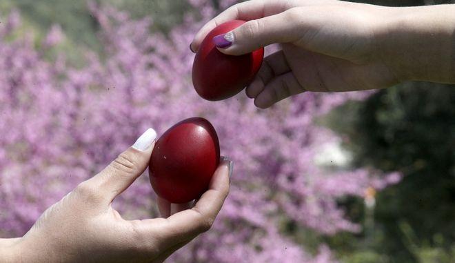 Κόκκινα αυγά το Πάσχα