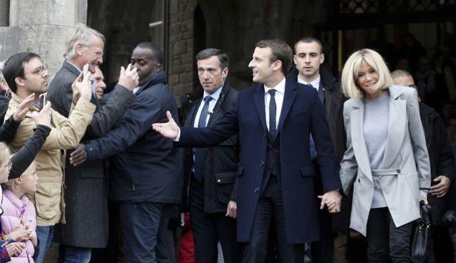 Γαλλικές εκλογές: Ο ευρωπαϊκός Τύπος για την εκλογή Μακρόν στον δεύτερο γύρο