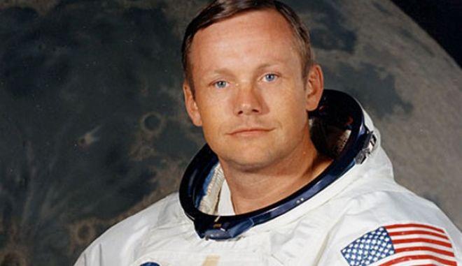 """Νιλ Άρμστρονγκ: Ο άνθρωπος που πάτησε κι """"έκλεψε"""" το φεγγάρι"""