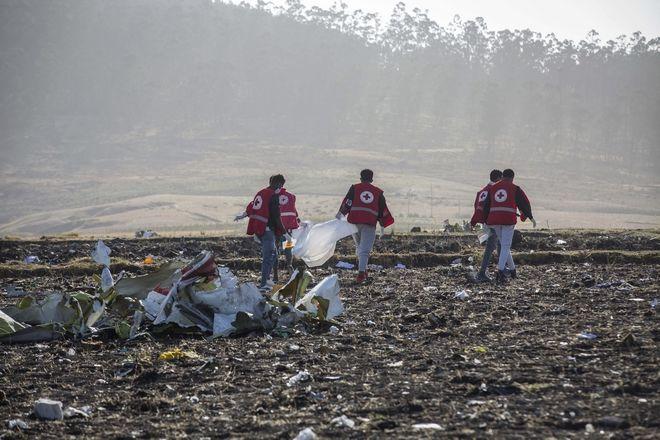 Διασώστες στο σημείο της τραγωδίας στην Αιθιοπία