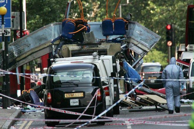 Οι τρομοκρατικές επιθέσεις που αιματοκύλησαν τη Βρετανία από το 2005 μέχρι σήμερα