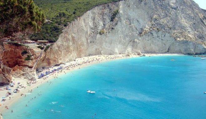 Τρίτη στον κόσμο η Ελλάδα με 395 παραλίες με 'Γαλάζιες Σημαίες'