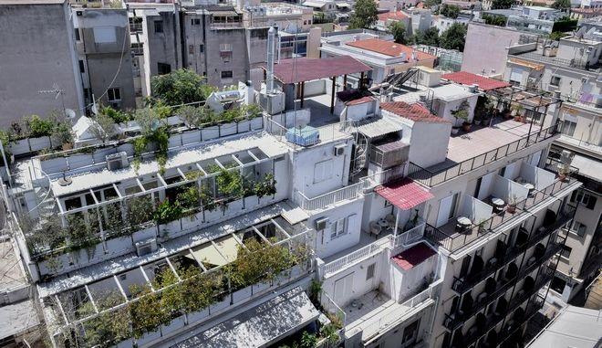 Πολυκατοικίες στην Αθήνα - φωτογραφία αρχείου