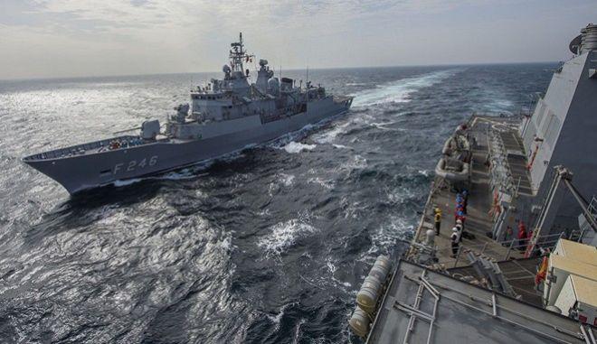 Κλιμακώνει την επιθετική πολιτική της η Τουρκία. Διεκδικήσεις στο τραπέζι μέσω ΝΑΤΟ