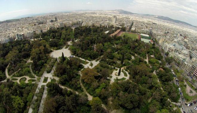 Το Πεδίον του Άρεως και η γύρω περιοχή της Αθήνας,όπως φαίνεται από ψηλά.
