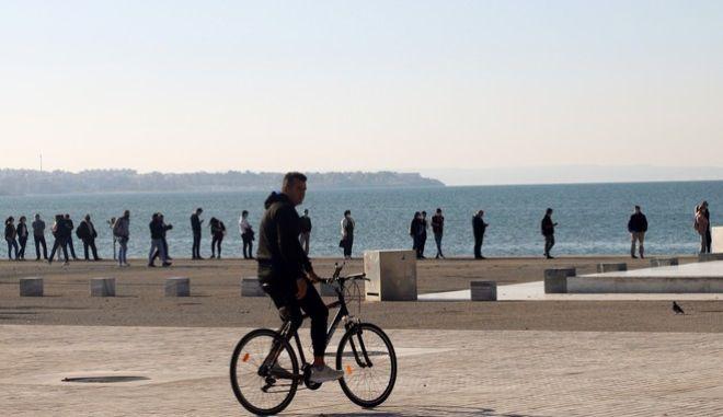 Lockdown σε Θεσσαλονίκη, Λάρισα και Ροδόπη - Ποια μέτρα ισχύουν