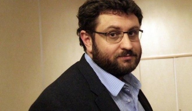 O διευθυντής της Κ.Ο. του ΣΥΡΙΖΑ Κώστας Ζαχαριάδης
