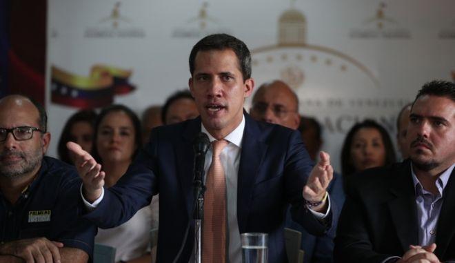 Ο πρόεδρος της αντιπολίτευσης Juan Guido
