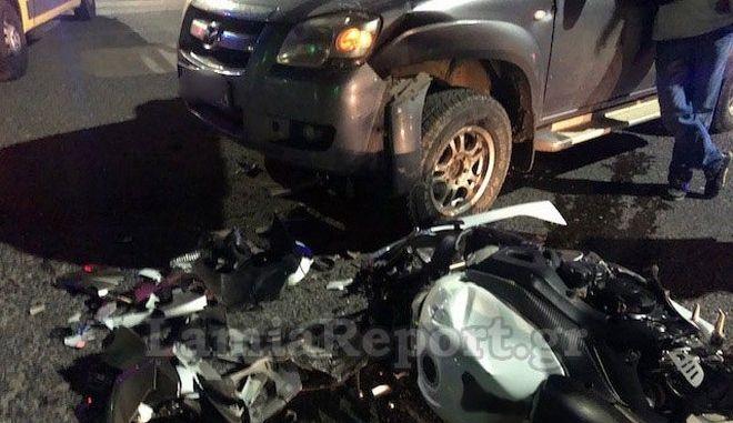Λαμία: Τροχαίο στο κέντρο της πόλης - Τραυματίστηκε μοτοσυκλετιστής