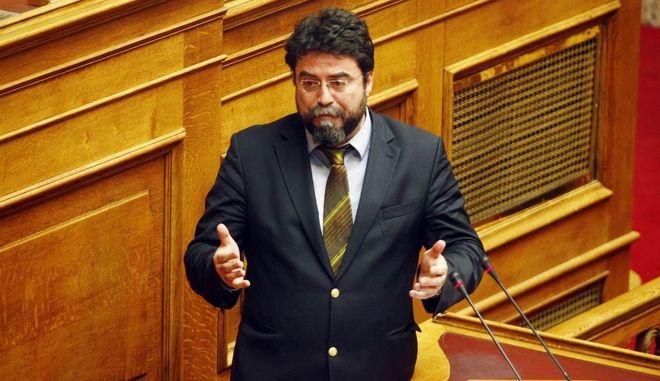 Συζήτηση στην Ολομέλεια της Βουλής σε επίκαιρη ρώτηση του προέδρου του ΣΥΡΙΖΑ, ΑΛ. Τσίπρα και και 70 βουλευτών του κόμματος προς τον υπουργό Εργασίας σχετικά με το Σχέδιο Καταπολέμησης της Ανεργίας των Νέων και το Πρόγραμμα Εγγυήσεων Απασχόλησης. (EUROKINISSI/ΓΙΩΡΓΟΣ ΚΟΝΤΑΡΙΝΗΣ)