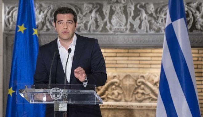 Τσίπρας: 1,4 δισ. ευρώ το κοινωνικό μέρισμα φέτος
