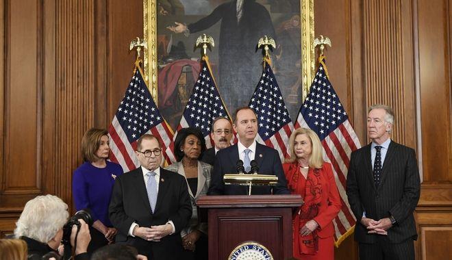 Παραπομπή Τραμπ: Κατάχρηση εξουσίας και παρεμπόδιση λειτουργίας του Κογκρέσου οι κατηγορίες