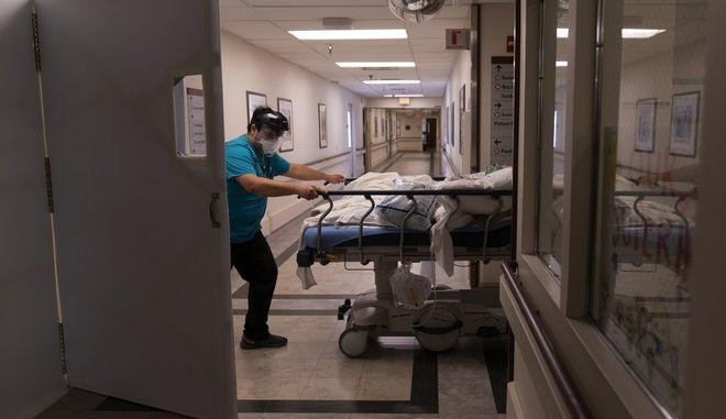 Νοσοκομείο για περιστατικά COVID-19 στις ΗΠΑ