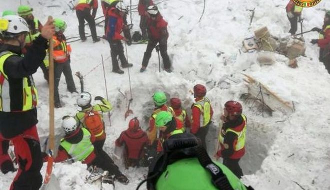 Ιταλία: Τους 29 έφτασαν οι νεκροί στο ξενοδοχείο Rigopiano