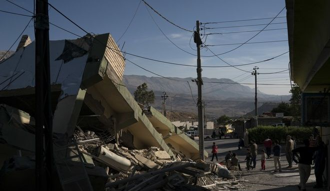 Ιράν: Τερματίστηκαν οι επιχειρήσεις διάσωσης - Πάνω από 450 νεκροί