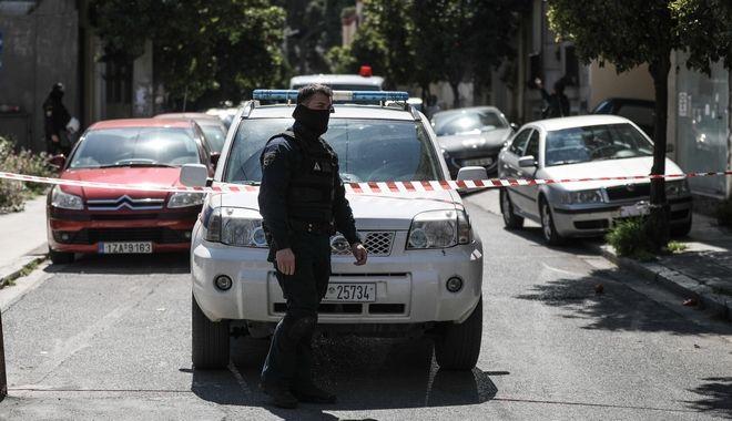 Επιχείρηση της Αντιτρομοκρατικής Υπηρεσίας από το Τμήμα Διεθνούς Τρομοκρατίας της Διεύθυνσης Αντιμετώπισης Ειδικών Εγκλημάτων Βίας, σε σπίτι στην οδό Αυλώνος στα Σεπόλια