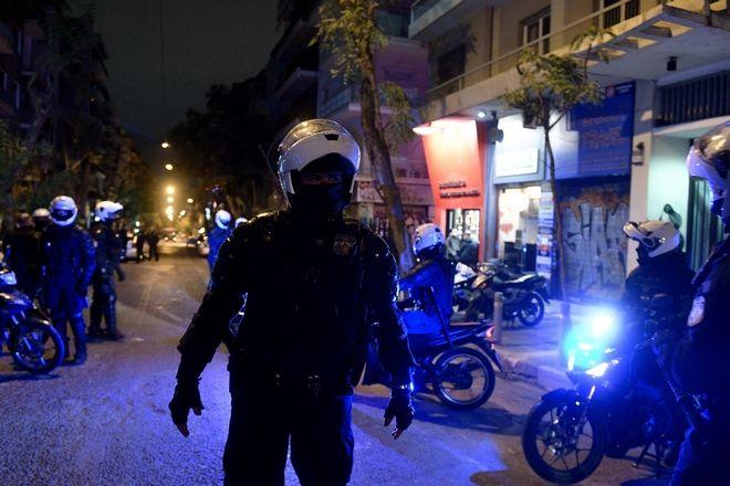 Εκκενωση της πλατείας Εξαρχείων και συλλήψεις από την αστυνομία.  Παρασκευή 13 Νοεμβρίου 2020.(EUROKINISSI/ΜΠΟΛΑΡΗ ΤΑΤΙΑΝΑ )