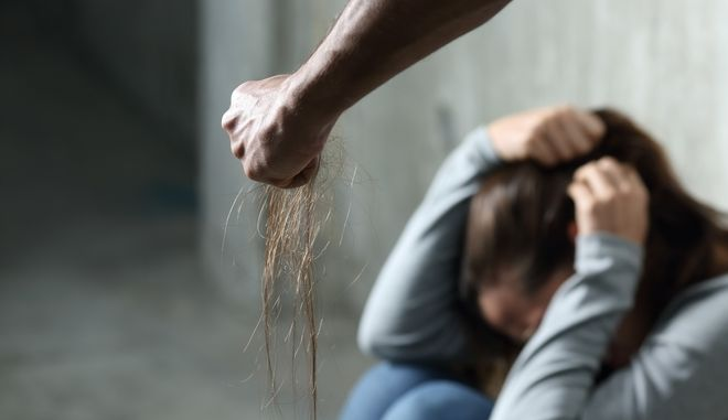 Ανησυχητικοί οι αριθμοί έμφυλης βίας