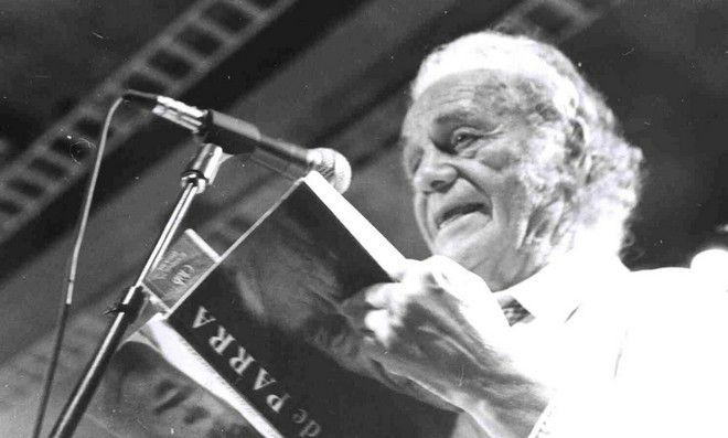 Νικανόρ Πάρρα: Πέθανε ο ποιητής που ενέπνευσε το πανκ