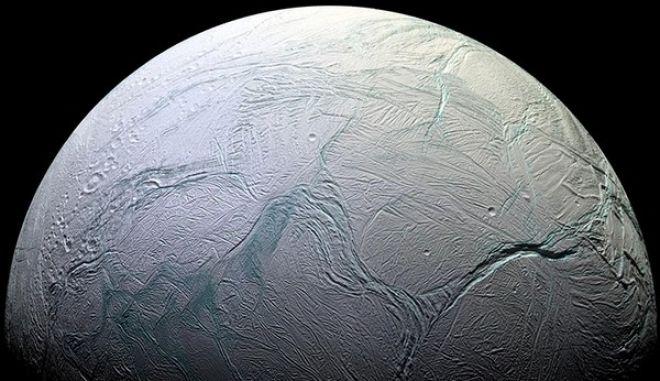 NASA: Ενδείξεις ύπαρξης εξωγήινης ζωής σε δορυφόρο του Κρόνου