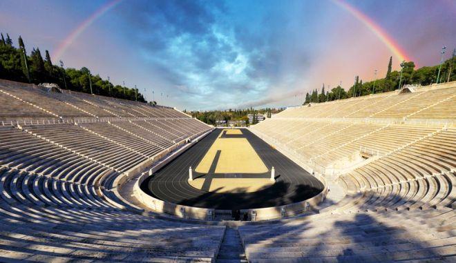 Την Τρίτη 28 Σεπτεμβρίου, στο Καλλιμάρμαρο Στάδιο της Αθήνας, «Μένουμε Όρθιοι».