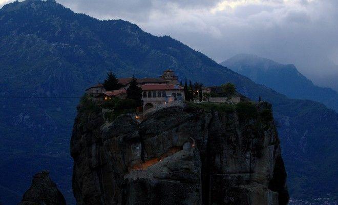 Το μοναστήρι της Αγίας Τριάδας.  (EUROKINISSI/ΘΑΝΑΣΗΣ ΚΑΛΛΙΑΡΑΣ)