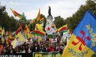 Κούρδοι διαδηλωτές στους δρόμους του Παρισιού