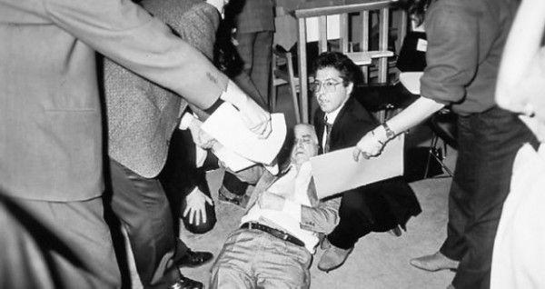 Μηχανή του Χρόνου: Η αθώωση του Ανδρέα Παπανδρέου από το Ειδικό δικαστήριο και το βρώμικο '89
