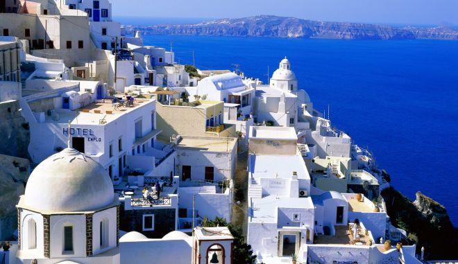 """""""Κάντε διακοπές στην Ελλάδα για να τη σώσουμε"""""""