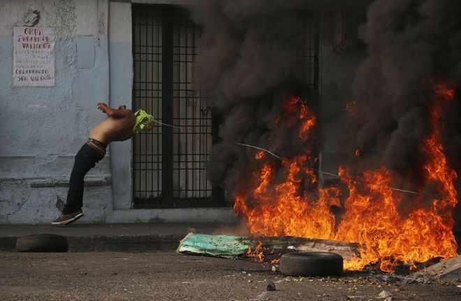 Διαδηλωτής στη Βενεζουέλα