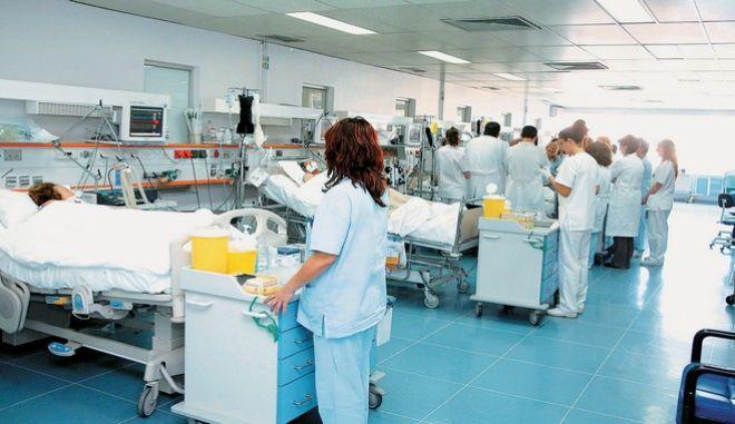 Στους 36 οι νεκροί από επιπλοκές της γρίπης
