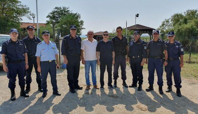 Ο υπουργός Προστασίας του Πολίτη Μιχάλης Χρυσοχοΐδης κατά την επίσκεψή του στον Έβρο