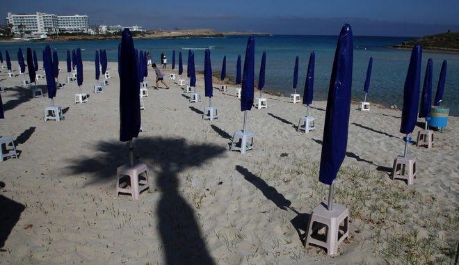 Ξαπλώστρες στην Κύπρο