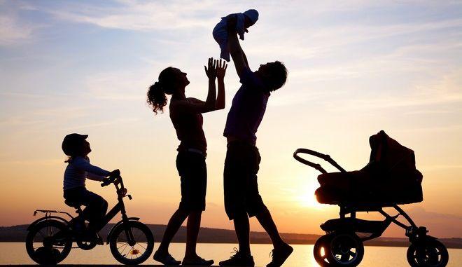 Αυτή η μέρα είναι οικογενειακή υπόθεση. Τι μπορείτε να κάνετε όλοι μαζί σαν... οικογένεια