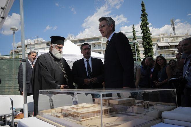 Η Αμερικανική Πρεσβεία εγκαινίασε επίσημα το έργο για την ανακαίνισής της
