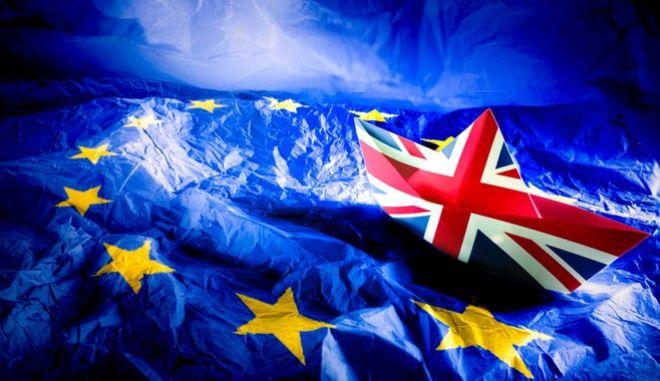 """Brexit: Προετοιμάζεται και στρατιωτικά η Βρετανία για το """"ναυάγιο"""""""