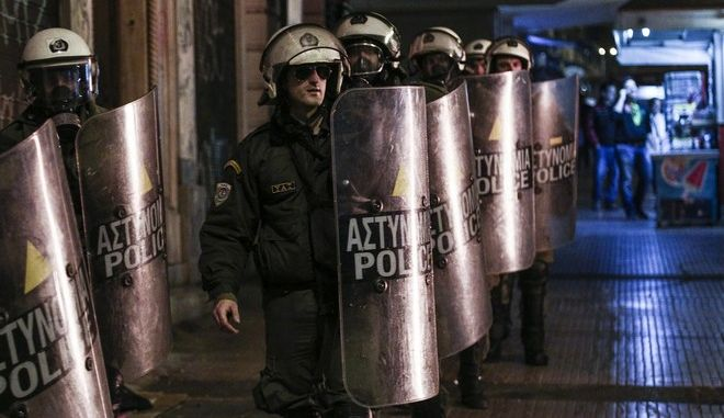 Protest in memoriam of the seven-year anniversary of the murder of Alexis Grigoropoulos by a police officer, in Athens, Dec. 5, 2014 /              ,  , 6 , 2015
