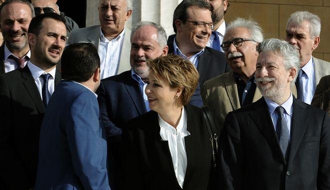Στιγμιότυπο από την αναμνηστική φωτογραφία του Υπουργικού συμβουλίου της κυβέρνησης ΣΥΡΙΖΑ-ΑΝΕΛ, στις 6 Νομεβρίου 2016.