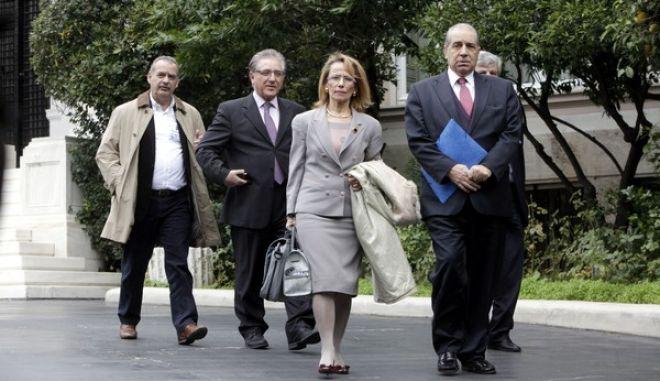 ΑΘΗΝΑ-Σύσκεψη υπό τον πρωθυπουργό Αντώνη Σαμαρά στο Μέγαρο Μαξίμου για τα θέματα της Υγείας, με τη συμμετοχή των υπουργών Οικονομικών Γιάννη Στουρνάρα και Υγείας Άδωνι Γεωργιάδη, καθώς και του προεδρείου του Πανελλήνιου Ιατρικού Συλλόγου.(EUROKINISSI-ΓΕΩΡΓΙΑ ΠΑΝΑΓΟΠΟΥΛΟΥ)