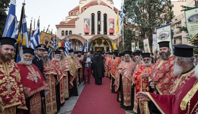 Arrival of Patriarch of Constantinople and New Rome, Bartholomew, in Serres in the context five-day visit to Serres, on April 17, 2015. /                 ,  17  2015.