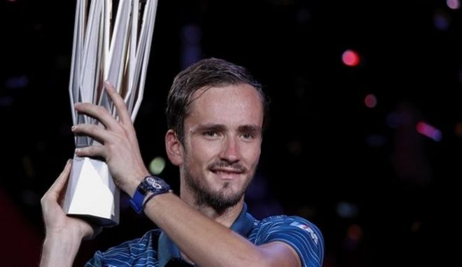 Shanghai Masters: Το σήκωσε ο Μεντβέντεβ