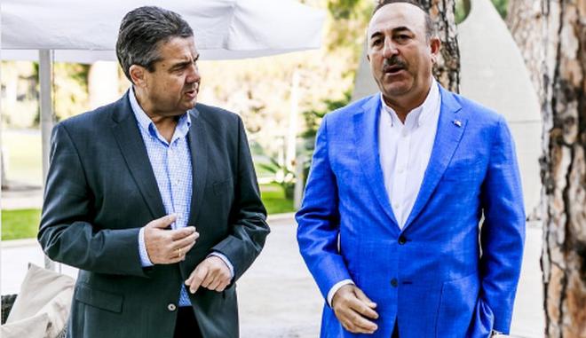 Ανεπίσημη συνάντηση Τσαβούσογλου-Γκάμπριελ στην Τουρκία
