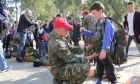 """ΓΕΣ: Διοργάνωση """"Ημέρας Αλεξιπτωτιστή"""" για τις οικογένειες του προσωπικού του Στρατού Ξηράς"""