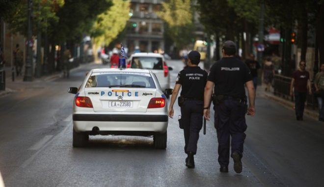 Ανταλλαγή πυροβολισμών μεταξύ αντρών της ΟΠΚΕ και των ληστών των χρηματοκιβωτίων