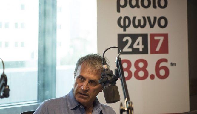 Γιώργος Νταλάρας: Απεχθάνομαι κάθε έννοια πρωτιάς