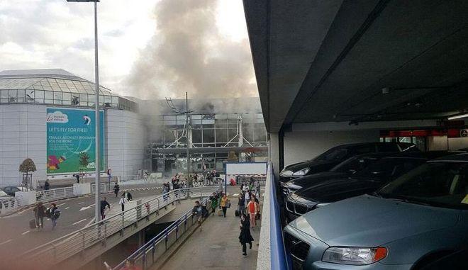 Δυο εκρήξεις στο αεροδρόμιο των Βρυξελλών με τραυματίες.  Πληροφορίες και για νεκρούς