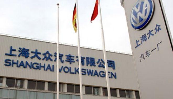 Η Volkswagen ανακαλεί περίπου 400.000 αυτοκίνητα στην Κίνα