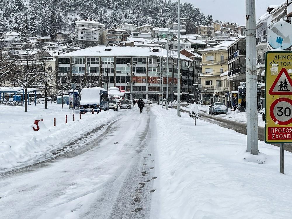 Η χιονισμένη Καστοριά