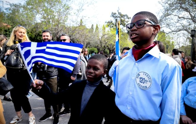 Από τη μαθητική παρέλαση της Κυριακής